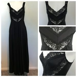 Vintage 70's Undercover Wear Nightgown Size M Ling